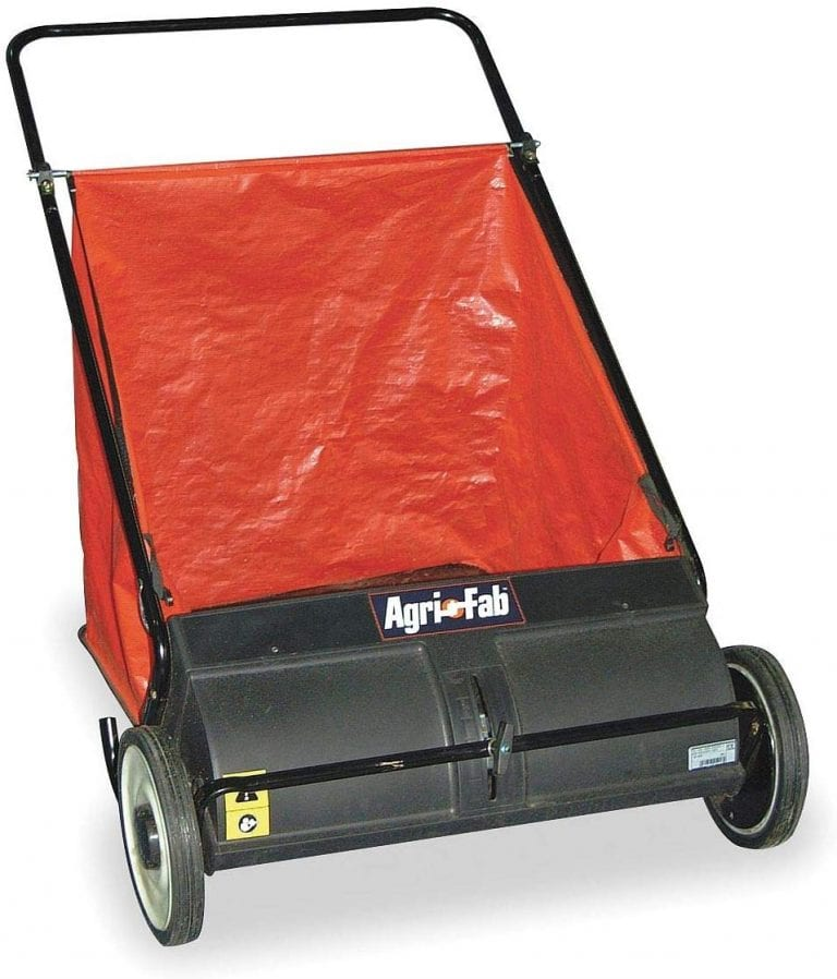 Manual Agri Fab Lawn Sweeper