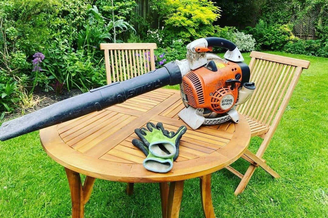Tips For Using Leaf Blowers