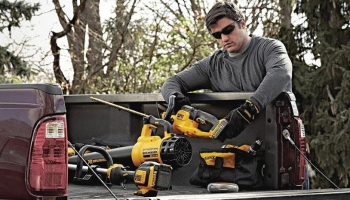 Best Commercial Hedge Trimmer Deals of 2021: Useful Tips & Guide