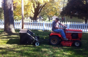 Best Lawn Sweeper: How to Choose the Finest One in 2020