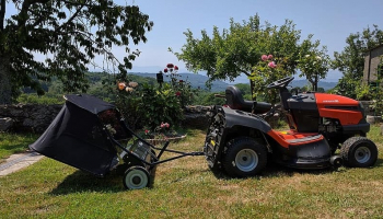 Best Tow Behind Lawn Sweeper in 2021: A Lifesaver for Your Lawn